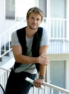 @Heidi Neil  Cathy and I are thinking Chris Hemsworth (after a hair color change) as Atticus O'Sullivan.
