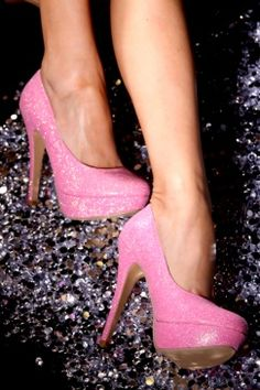 pink glitter heels....i have gold ones, but pink? omg, i must have them