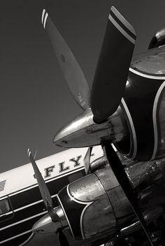 Douglas DC-7 - http://www.pinterest.com/mogensen/my-aviation-photography/