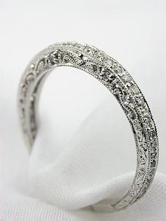 I need a new wedding band....♥ #Capri #Jewelers #Arizona ~ www.caprijewelersaz.com  ♥