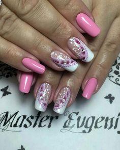 #Uñas en tono rosa