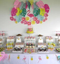 Dimequesi 's Birthday / Flamingos - Flamingo tropical birthday at Catch My Party Aloha Party, Party Fiesta, Luau Party, Pink Flamingo Party, Flamingo Baby Shower, Flamingo Birthday, Birthday Party Desserts, Birthday Decorations, Birthday Parties