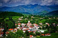 MIKEL BILBAO GOROSTIAGA.Photo Donibane Garazi Nafarroa Beherea / Jean Pied de Port Basque Country.