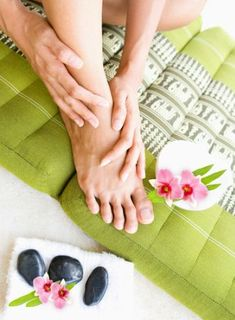 Slow Aging And Increase Mental Awareness With Ayurvedic Massage Thai Massage, Foot Massage, Acupressure, Acupuncture, Massage Parlors, Massage Treatment, Natural Teeth Whitening, Deep Tissue, Massage Therapy