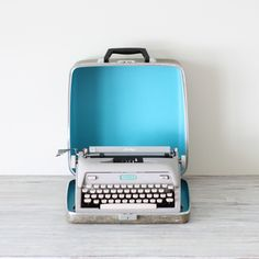 manual vintage typewriter by AMradio on Etsy