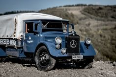 Mercedes-Benz 1934 - model made by CMC in scale. Automotive Photography, 18th, Mercedes Benz, Antique Cars, Scale, Vehicles, Model, Vintage Cars, Weighing Scale