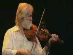 ▶ Irish Washerwoman - John Sheahan and Eamonn Campbell - YouTube