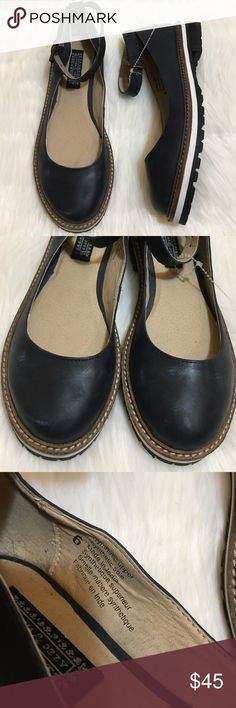 NWOT Deena & Ozzy navy blue ankle strap flats Brand new never worn. Size 6. Sold at UO. Navy blue distressed look, so cute! Urban Outfitters Shoes Flats & Loafers