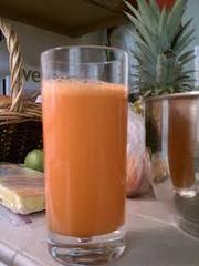 Carrot Apple Onion Juice 2 Carrots 2 Apples 1 Sweet Potato – no need to peel, skin and all! Slice...