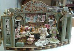 Miniaturas de Almudena González. La Parisina.
