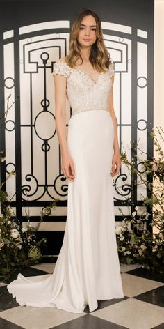 The new Jenny Packham wedding dresses have arrived! Take a look at what the latest Jenny Packham bridal collection has in store for newly engaged brides. Jenny Packham Wedding Dresses, Jenny Packham Bridal, Stunning Wedding Dresses, New Wedding Dresses, Bridal Dresses, Gown Wedding, Wedding Shoot, Vera Wang Bridal, Bridal Fashion Week