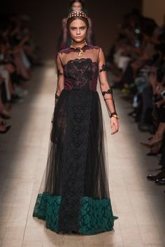 Cara rocking this sheer and lace gown at Valentino. #pfw #ss14