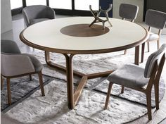Pretty Dining Room Designs Ideas With Wooden Circular Tables 21 Round Wooden Dining Table, Furniture Dining Table, Dining Table Chairs, Dining Corner, Circular Table, Dining Room Design, Furniture Design, Interior Design, Architecture