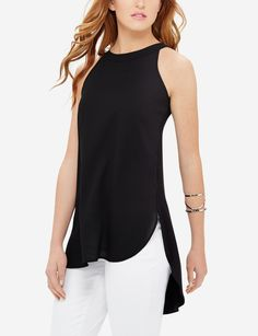 A longer tunic length gives this outgoing top an edge that's ultra modern. Pair it with skinny jeans and stilettos for your next night out!