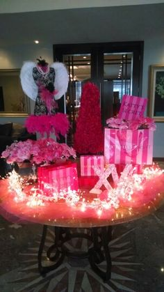 Victoria's Secret  XV decor