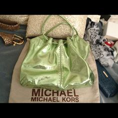 This Is A Gorgeous Green Michael Kore's Hobo Tote This Is A Gorgeous Tote Bag ! Nice And Large The Color is Perfect for Summer And Has A Magnet Closure At The Top Wow is It A Beauty ! Thanks MICHAEL Michael Kors Bags Totes