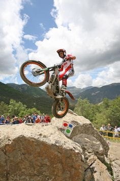 Love the life on a moto   #extremesports #adventure  http://www.estatemanagerscoalition.com/