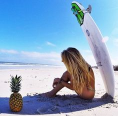 Surfing holidays is a surfing vlog with instructional surf videos, fails and big waves Summer Vibes, Summer Sun, Summer Of Love, Summer Beach, Summer Days, Playa Beach, Beach Bum, Beach Towel, Surf Girls
