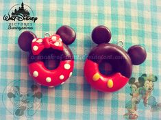 It's been a while since I saw Mickey and Minnie Doughnuts plushies here on dA. Mickey and Minnie Mouse doughnuts Mickey Mouse Food, Mickey Mouse Cupcakes, Mickey Mouse And Friends, Minnie Mouse Party, Donut Birthday Parties, Mickey Birthday, Birthday Party Decorations, Disney Desserts, Disney Food