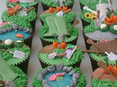 These gardening cupcakes are utterly, delightfully perfect for a tea party of the Mad Hatter kind