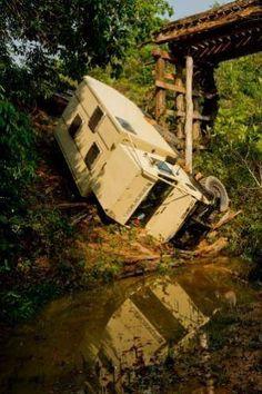 Oops unimog camper. Truck Camper, Popup Camper, Diy Camper, Overland Truck, Expedition Vehicle, Off Road Camping, Camping Car, Rv Vehicle, Off Road Wheels