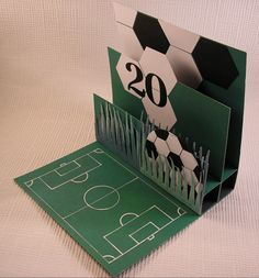 carte pop up Mehr Masculine Birthday Cards, Birthday Cards For Men, Masculine Cards, Boy Cards, Kids Cards, Fun Fold Cards, Folded Cards, Soccer Cards, Football Cards