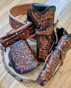 SPECIAL OFFER Hand-tooled Gunslinger belt bag pouch holsters