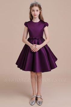 Find your new favorite dress at Cocosbride. Our beautiful Cap Sleeve Flower Girl Dresses, A-line Flower Girl Dress are perfect for work&casual. Wedding Dresses For Kids, Prom Dresses Uk, Bridesmaid Dresses, Bridal Dresses, Wedding Gowns, Baby Girl Frocks, Frocks For Girls, Girls Dresses Online, Little Girl Dresses