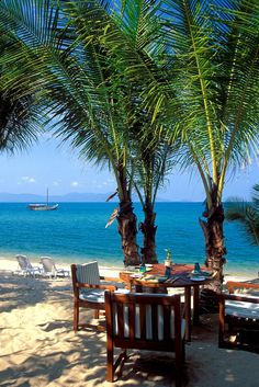 Lunch with your feet in the sand at Rim Talay Restaurant in Koh Samui, Thailand
