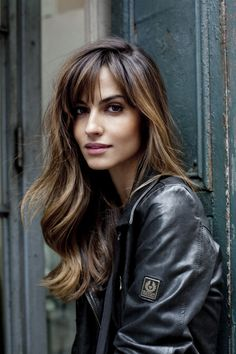 Idée Tendance Coupe & Coiffure Femme 2018 : : 57 Of The Most Beautiful Long Hairstyles with Bangs Highpe Spring Hairstyles, Pretty Hairstyles, Hairstyles 2018, Popular Hairstyles, Long Hair Cuts, Wavy Hair, Thin Hair, Curly Blonde, Layered Haircuts With Bangs