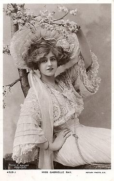 Actress Gabrielle Ray, ca. 1907