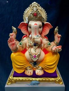 Shri Ganesh Images, Ganesha Pictures, Lord Murugan Wallpapers, Lord Krishna Wallpapers, Ganesh Idol, Ganesha Art, Clay Ganesha, Shri Hanuman, Shree Ganesh