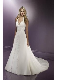 Stunning Thick Chiffon A-line Halter Wedding Dress.  love the bodice and neckline
