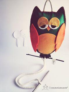Toilet/Kitchen felt Owl towel holder by Cromanticamente on Etsy