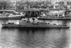 3_destroyers.jpg