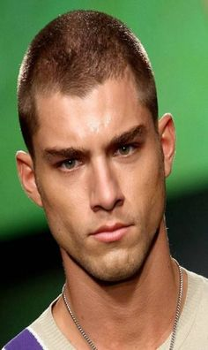 El Mundo del Peinado: Cortes pelo corto para hombres 2013