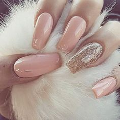 A manicure is a cosmetic elegance therapy for the finger nails and hands. A manicure could deal with just the hands, just the nails, or Beautiful Nail Designs, Cute Nail Designs, Elegant Nail Designs, Crafts Beautiful, Prom Nails, Wedding Nails, Hair And Nails, My Nails, Gold Gel Nails