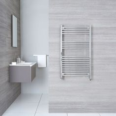 Stylish and efficient, this curved heated towel warmer from Hudson Reed ensures your bathroom towels are kept dry and warm. Perfect for a small bathroom, this high quality heated towel warmer features. Bathroom Towel Radiators, Bathroom Towel Rails, Ux Design, Radiator Valves, Double Vitrage, Hudson Reed, Window Types, White Heat, Towel Warmer