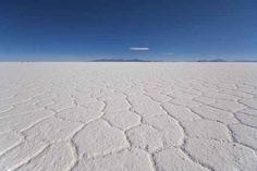 Salinas de Uyuni, Bolivia. | 26 Lugares impresionantes en América Latina que deberías visitar