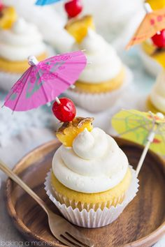 Pina Colada Cupcakes- just like my favorite tropical cocktail! The pineapple and coconut flavors really shine in this recipe :) Summer Cupcakes, Fun Cupcakes, Cupcake Cakes, Amazing Cupcakes, Cup Cakes, Summer Cupcake Flavors, Mocha Cupcakes, Cupcake Art, Easter Cupcakes