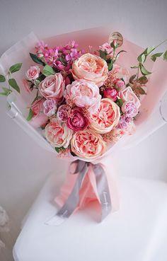 Beautiful Bouquet Of Flowers, Beautiful Flower Arrangements, Flowers Nature, Amazing Flowers, My Flower, Floral Arrangements, Beautiful Flowers, Wedding Flowers, Gift Bouquet