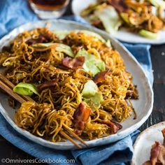 Bacon Pan Fried Noodles - Crispy bacon, noodles, cabbage, and caramelized onion make this quick one-bowl meal irresistible!