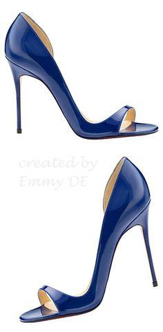 Idea!! Para vestido cóctel Dorado. Toque de color más veraniego y atrevido. Pendiente y pulsera swaroski en azul zafiro.