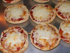English Muffin Mini Pizzas Recipe via @SparkPeople