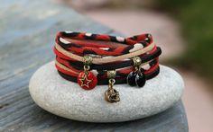 bracelet 2 tours cordon tissu panthere et soie _ born to be wild _ noir beige brique bronze _ breloque tete de mort
