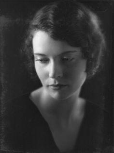 Marguerite Churchill, 1910 - 2000. 89; actress.