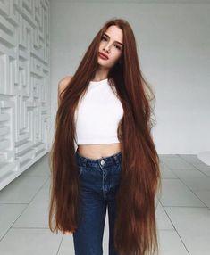 Castor Oil for Growing Hair Faster and Longer #HairGrowth #HairTips #HairTips #LongHairTips #HomeRemedy #Trends