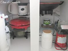 Great+post+on+how+to+organize+kitchen+cabinets.++Lots+of+tips!