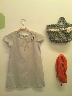 vestido gris 20€ cesta  15€