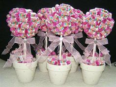 table center pieces with brown ribbon
